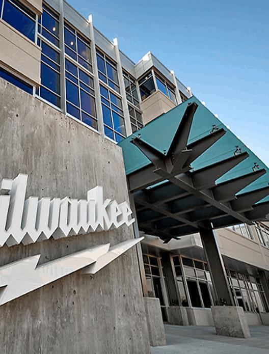 Contact Milwaukee Tool Today | Milwaukee Tool